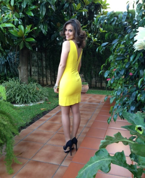 vestido-zara-amarillo-trafaluc
