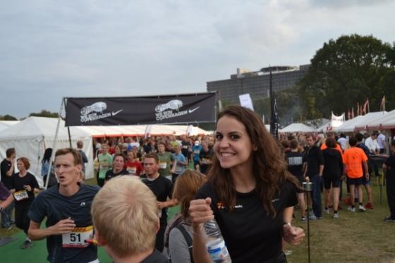 dhl-race-copenhagen-2013-mujer-sonrisa